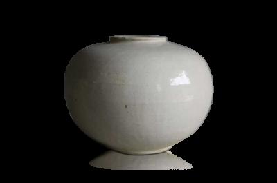 Ceramic Ivory Round Vase