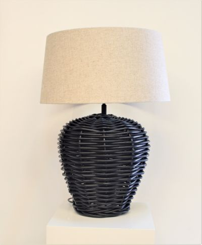 JAPON BLACK RATTAN LAM WITH LINEN LAMPSHADE