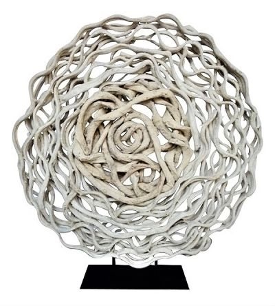 LIANA ROUND SCULPTURE