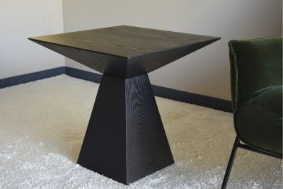 ROMVOS SIDE TABLE