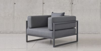 LINEA ARMCHAIR / OUTDOOR